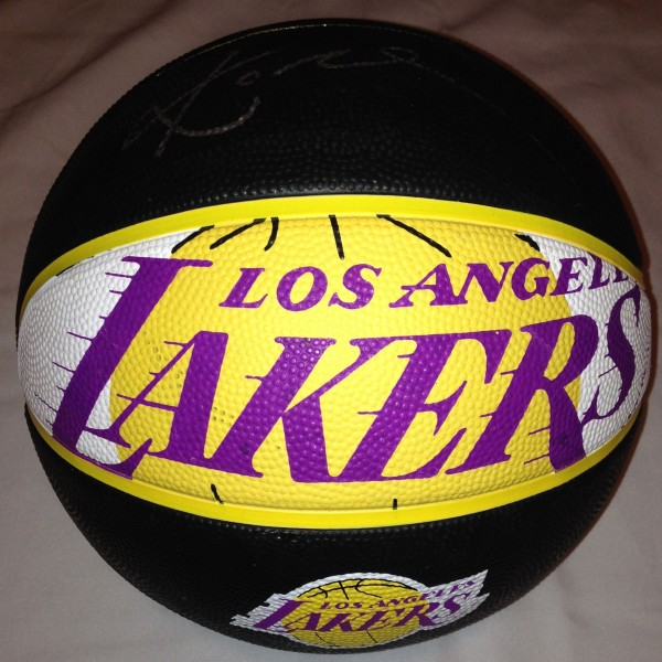 C086 LA Lakers Ball